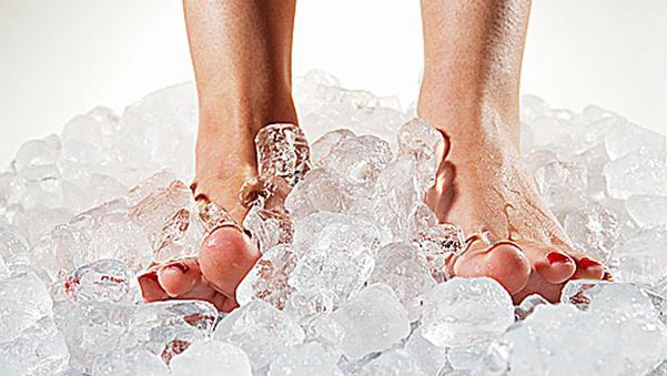 using ice on feet